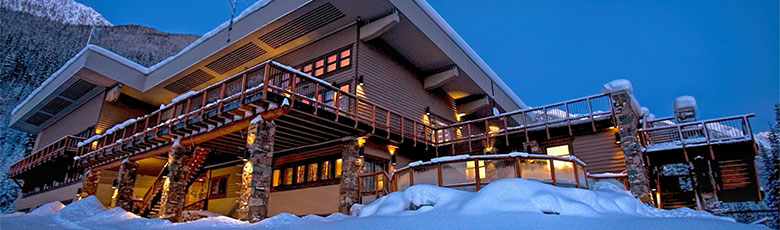 cmh-heli-skiing-lodge-bobbieburns-780