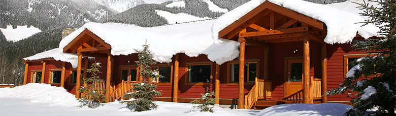 cmh-heli-skiing-lodge-gothics-780