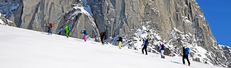 cmh-heli-skiing-ski-touring-780